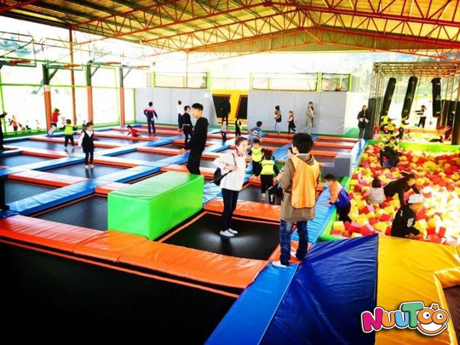 室内大型蹦床+淘气堡+儿童乐园